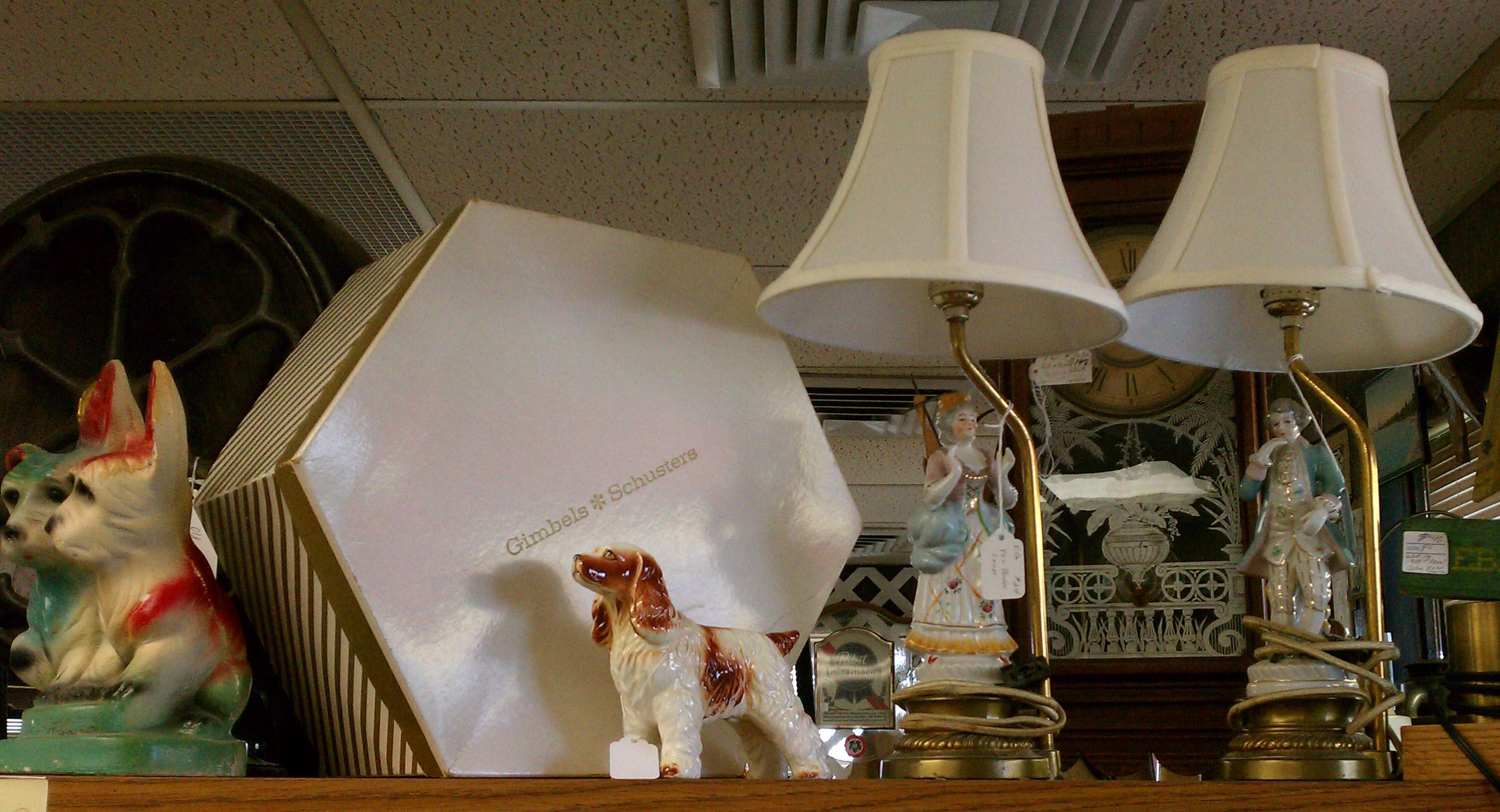 Vintage Romantic Boudoir Lamps Hat Box Dogs