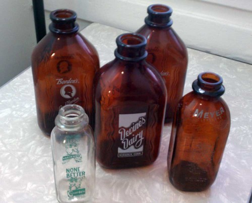 vintage glass milk bottles advertisng collectibles