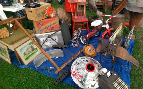 vintage and antiques dahlsad at elkhorn antique flea