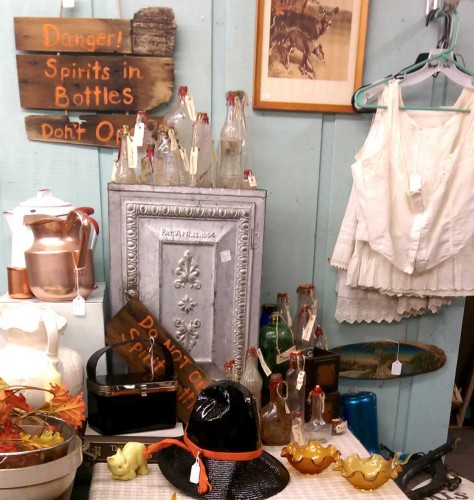 spirit bottle display fair oaks antiques exit 55