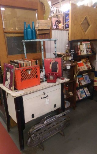 fair-oaks-antiques-at-sulaines-MN