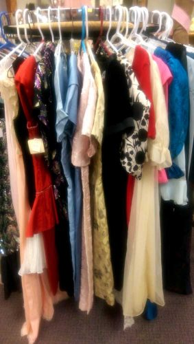 vintage-dresses-clothing-fargo